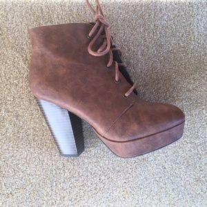 SALE!!!  Women's Lace Up Boots-Size 6